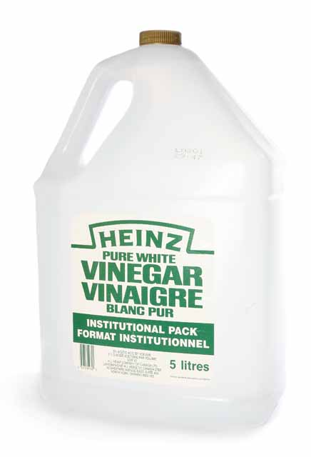White vinegar to attack the leaves of poison ivy.